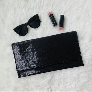 NWT {Forever 21} Black Sequin Clutch